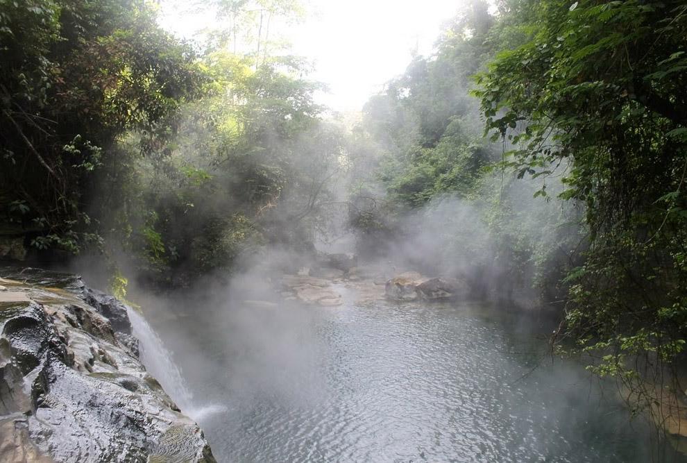Шанай-Тимпишка — единственная в мире кипящая река
