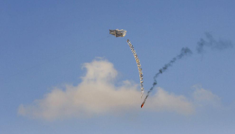 Палестинцы использую воздушных змеев, чтобы поджигать Израильские территории