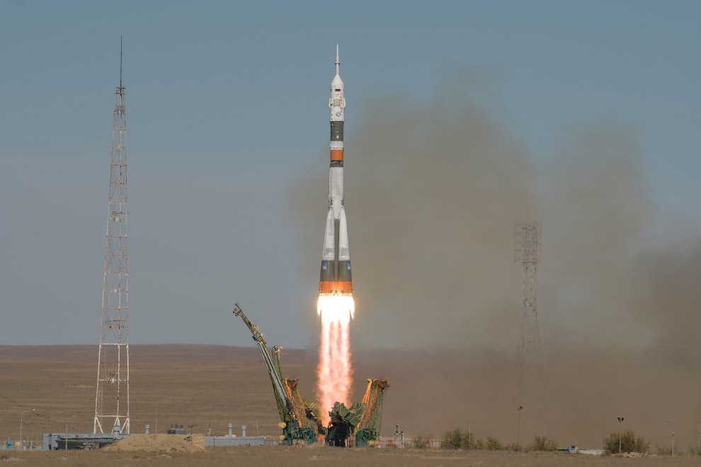 Expedition 57 Launch
