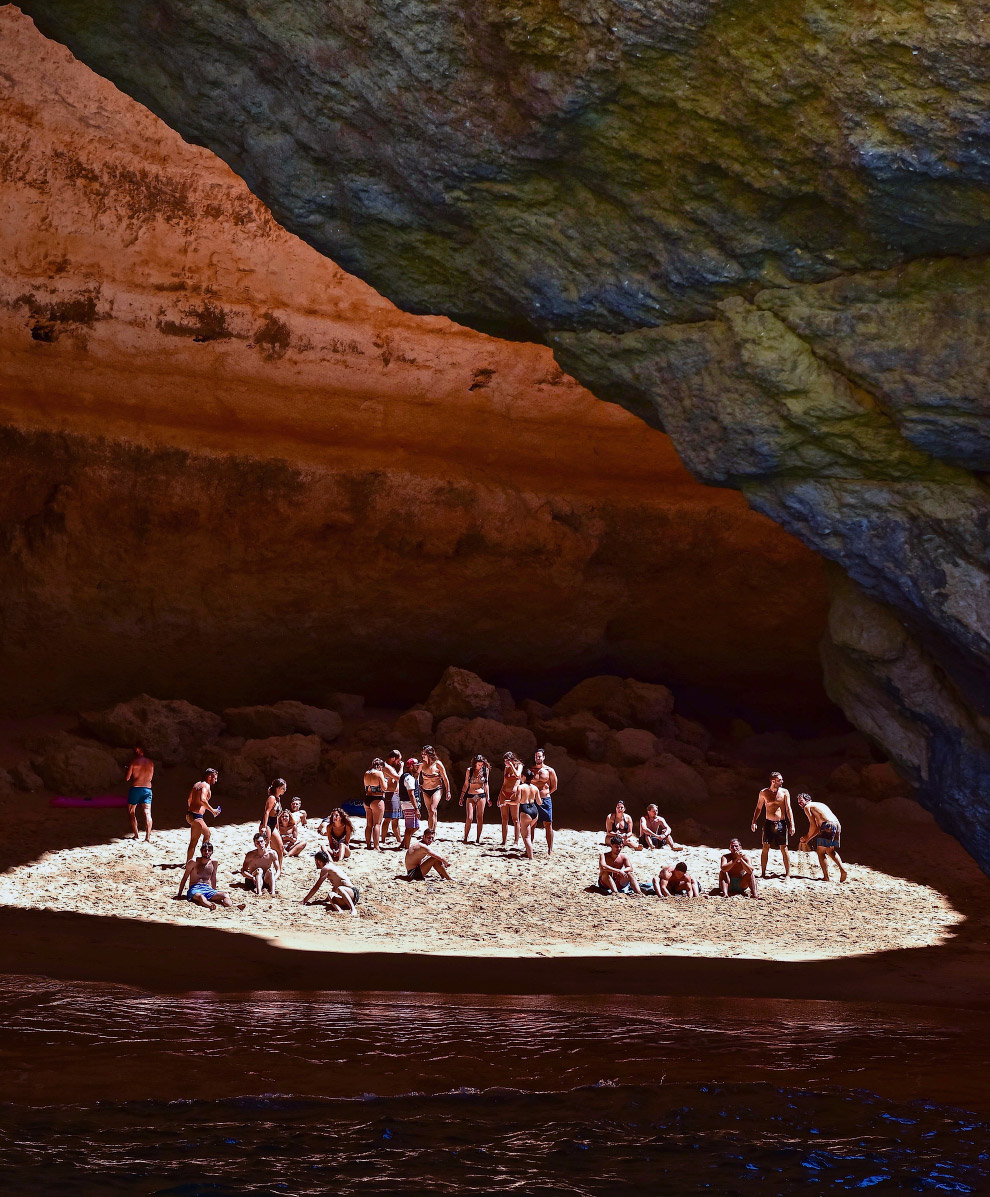 Пещера Benagil, Португалия