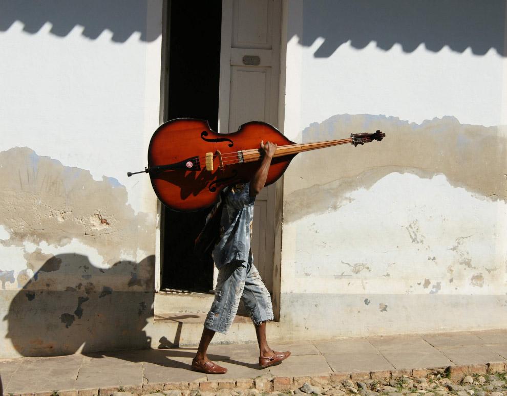 Музыкант на Кубе.