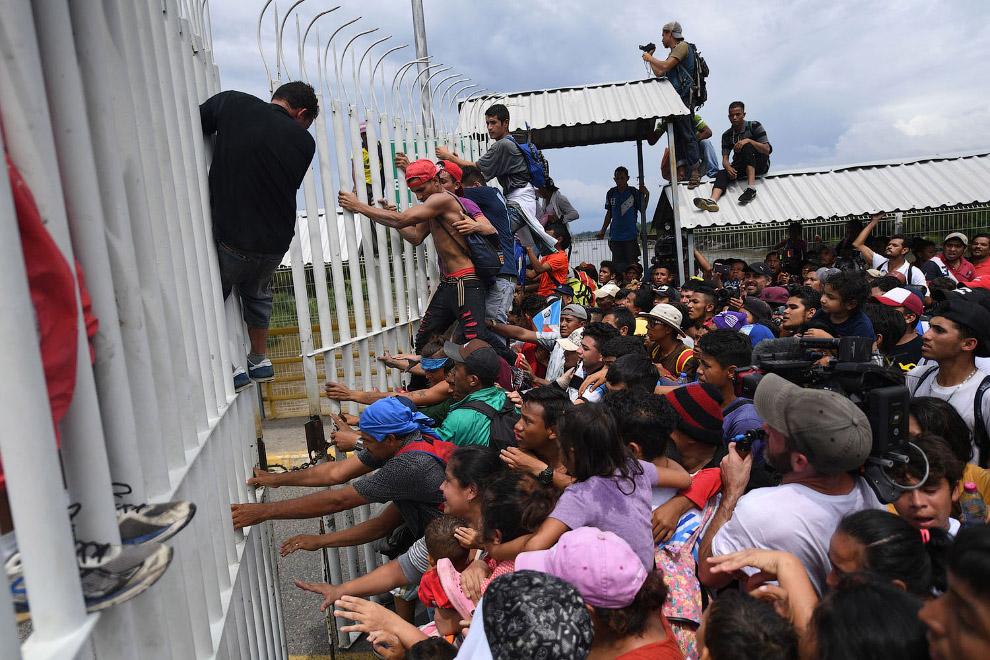 Граница с Мексикой в Сьюдад-Идальго