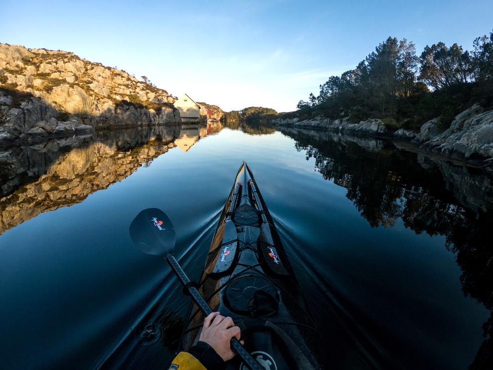 Подорож на каяку по фіордах і озерам Норвегії