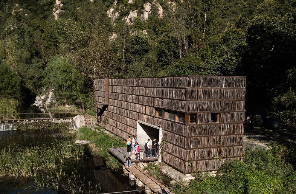 Экологичная библиотека Liyuan