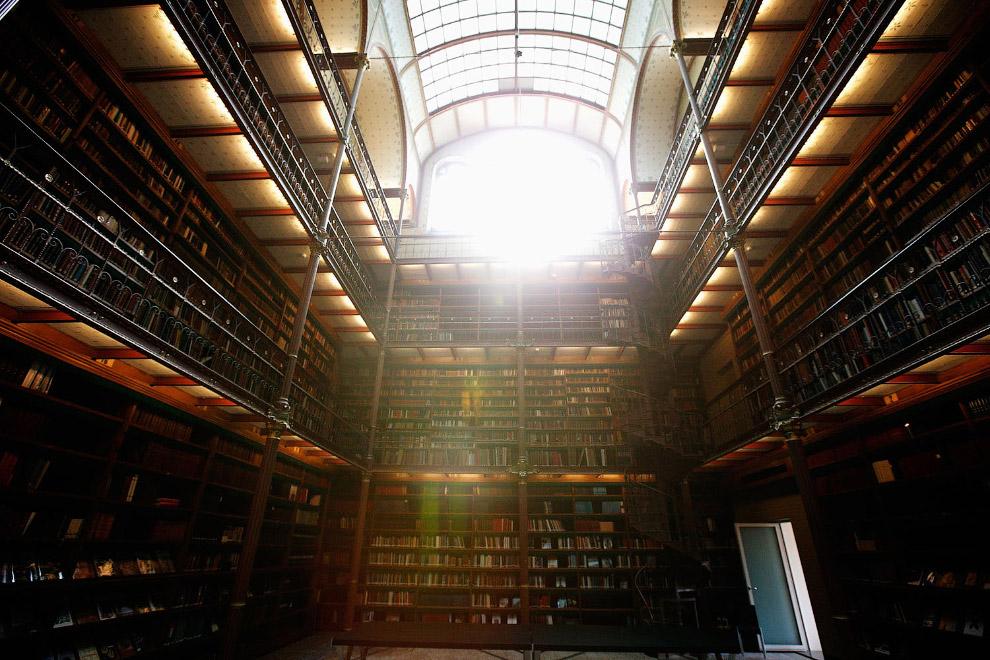 Старейшая историко-художественная библиотека Кайперса в Нидерландах