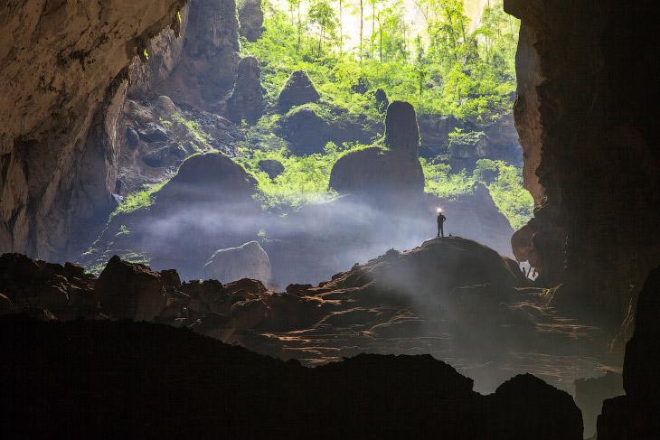 Самая большая в мире Пещера горной реки