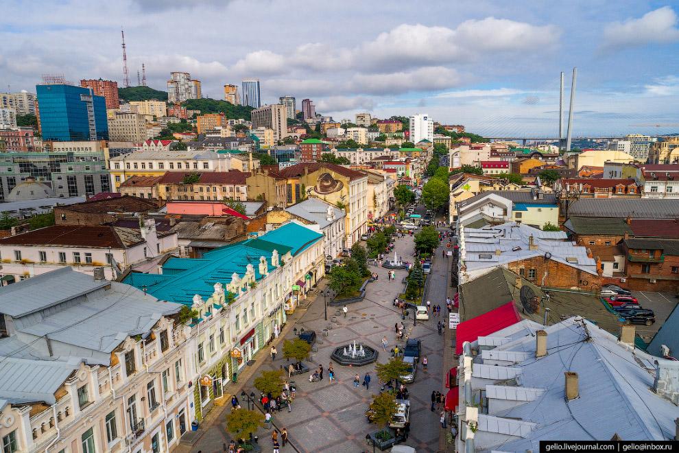 Пешеходная улица Адмирала Фокина — Владивостокский Арбат