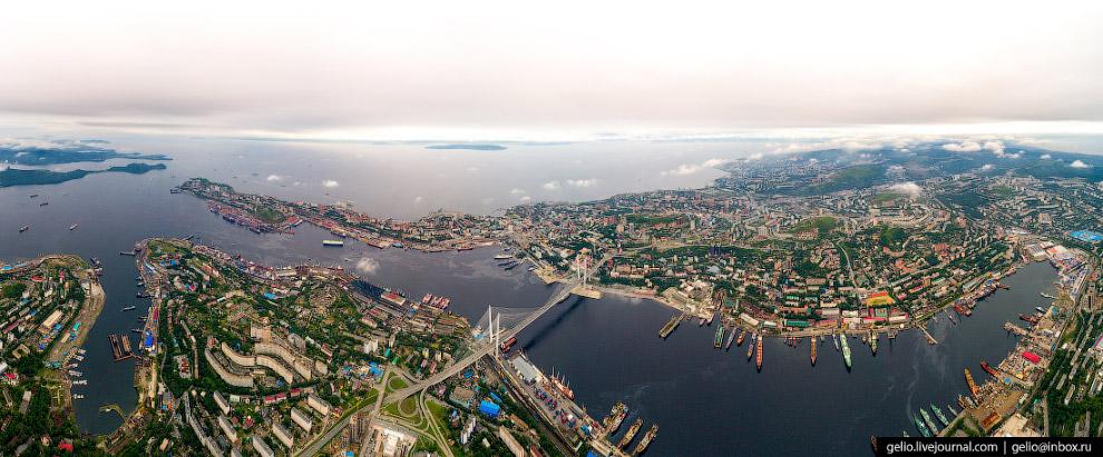 Панорама бухты Золотой Рог