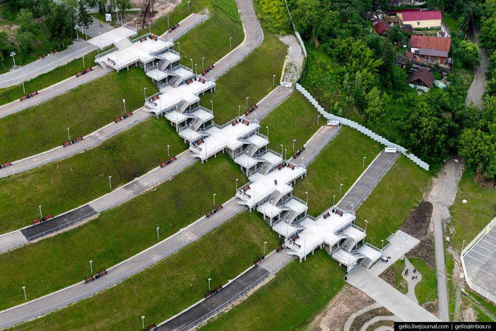 Лестница в Нагорном парке