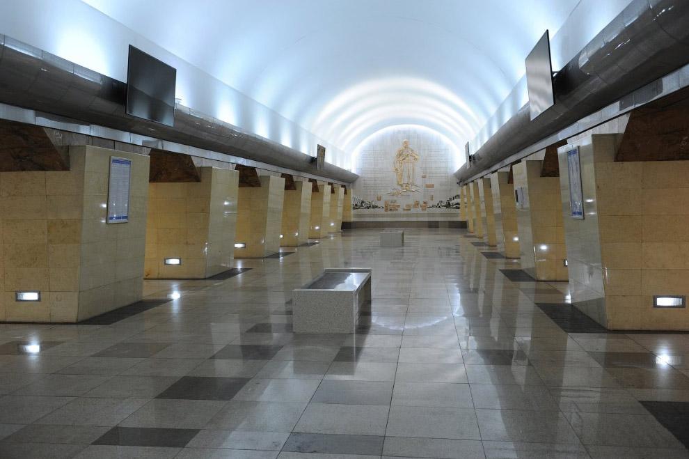 Станция Алматинского метрополитена Абая