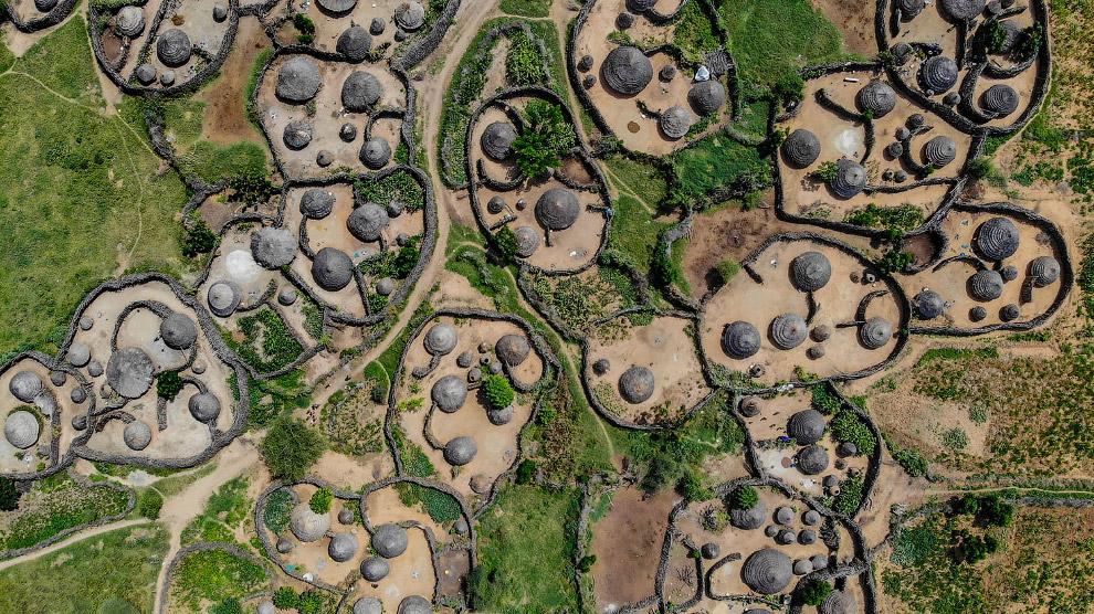 Деревня в Карамодже, Уганда