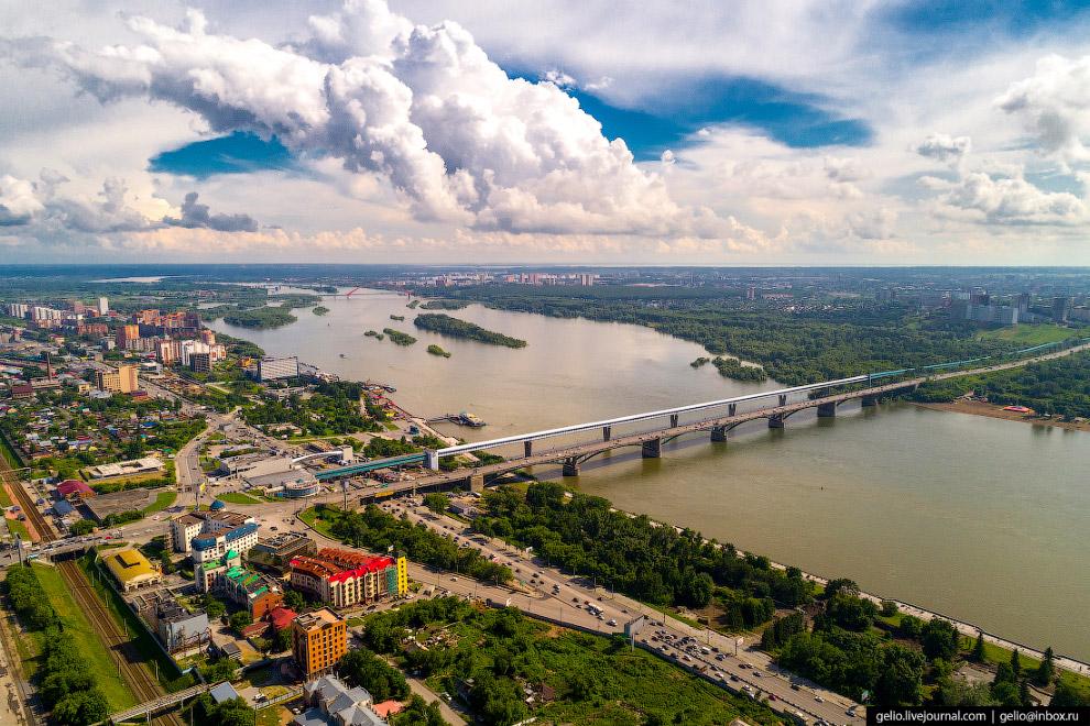 Коммунальный мост через Обь