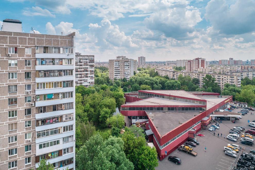 Перовский колхозный рынок