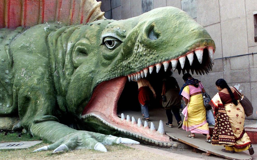 Вход в Evolution парк в Калькутте