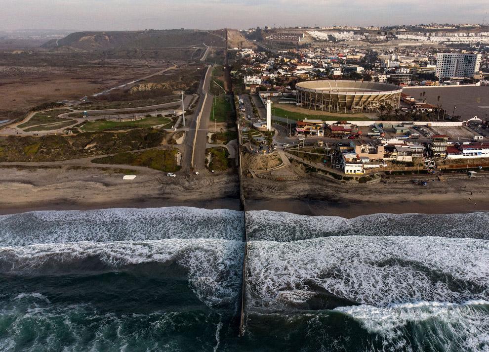 Граница с США в Тихуане