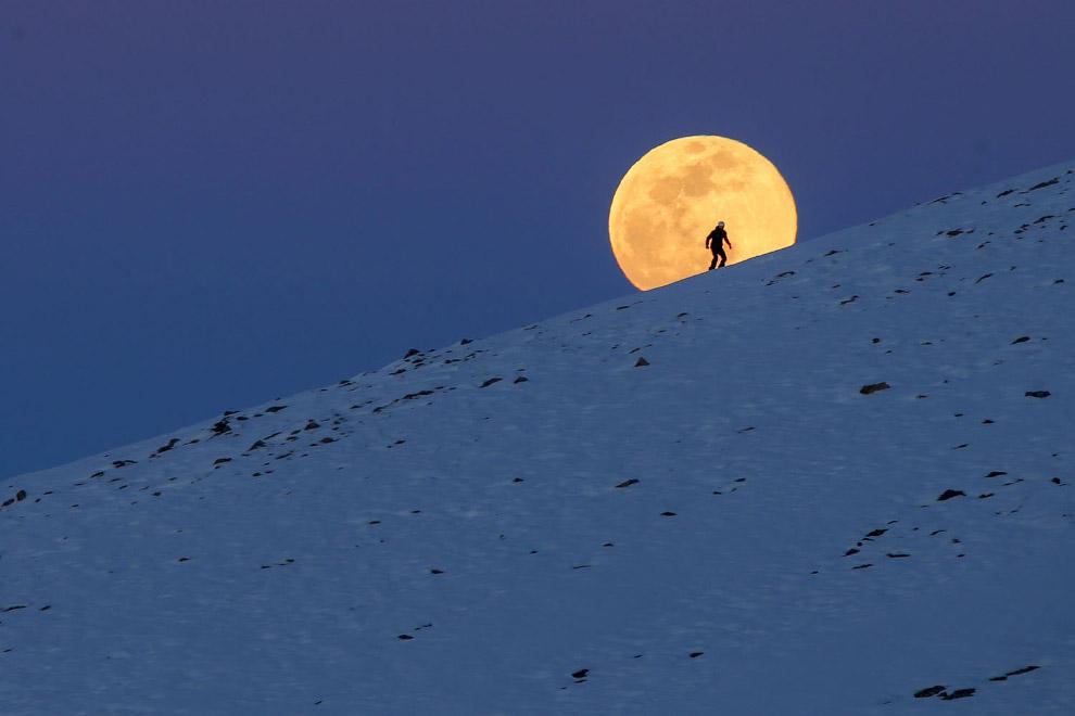 Супер-Снежная Луна
