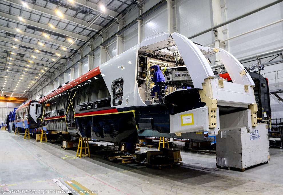 Сборка поезда Stadler FLIRT NSB-4407 BMB для Norges Statsbaner.
