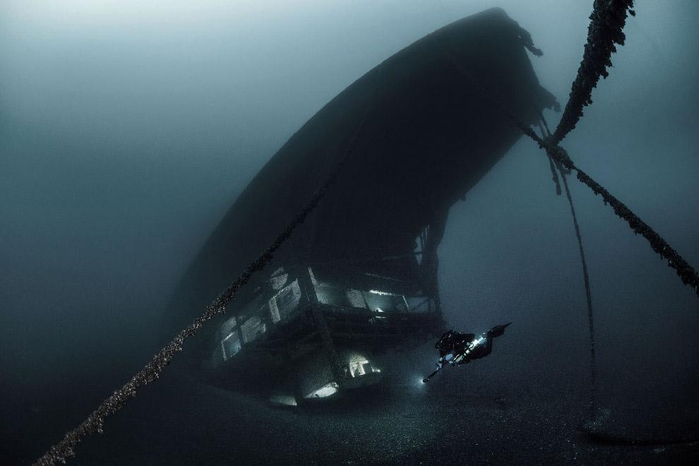 Затонувший автомобильный паром