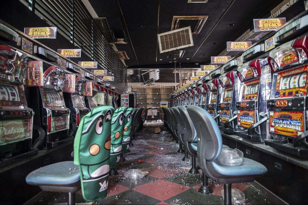 Зал игровых автоматов.