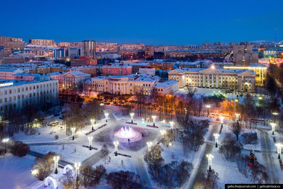 Центральный сквер Мурманска