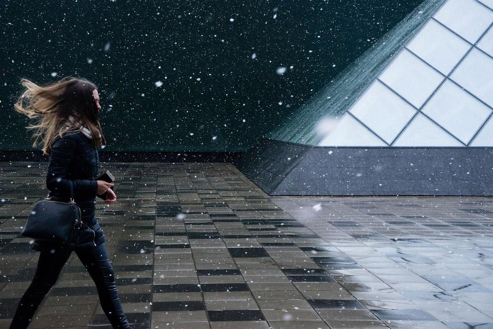 Весенний снег в Москве