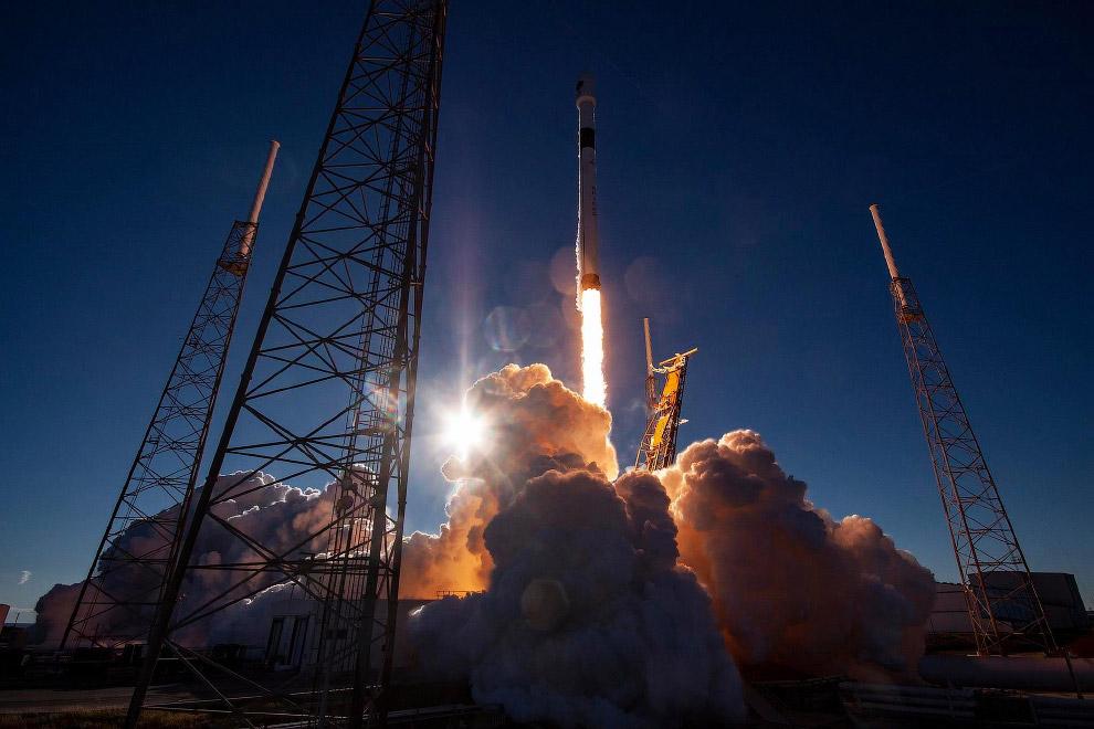 Взлет Falcon 9