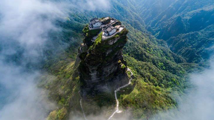 Гора Фаньцзиншань — природный объект Всемирного наследия ЮНЕСКО