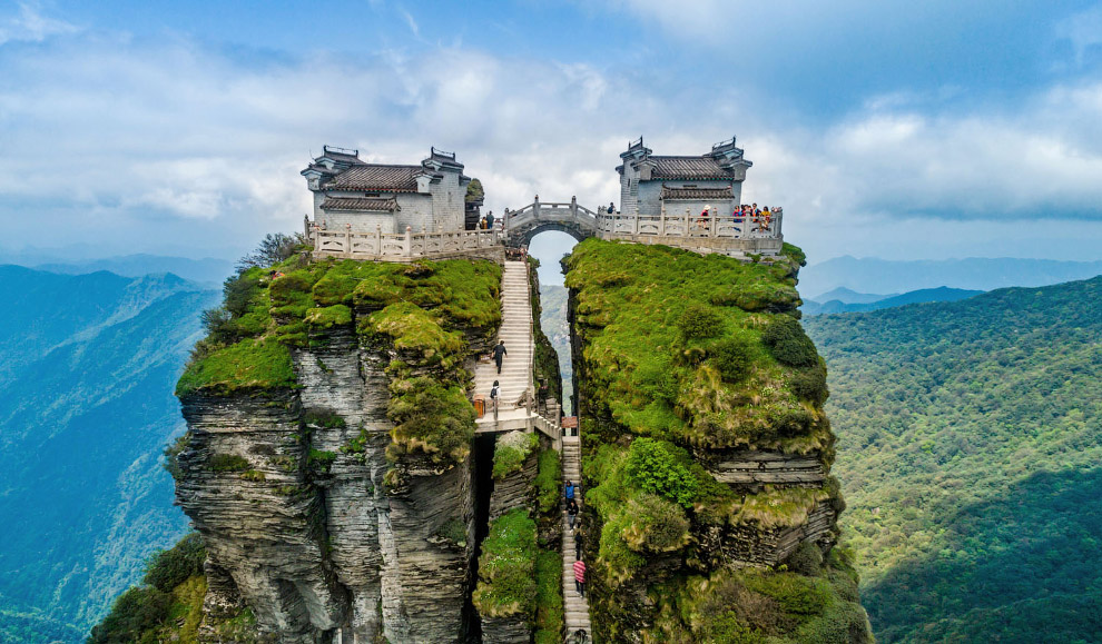 Вершина и храм