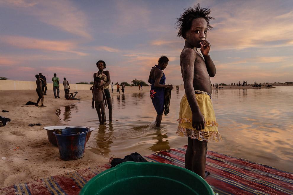 Водные процедуры и стирка на Мали
