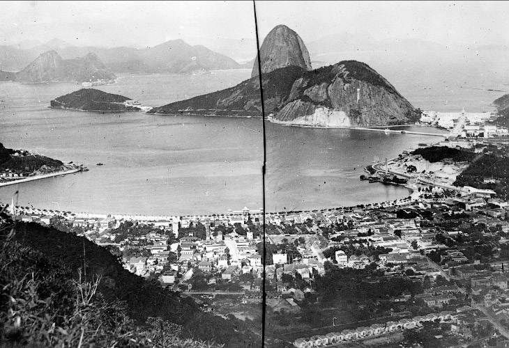 Вид на Рио-де-Жанейро и гору Сахарная голова