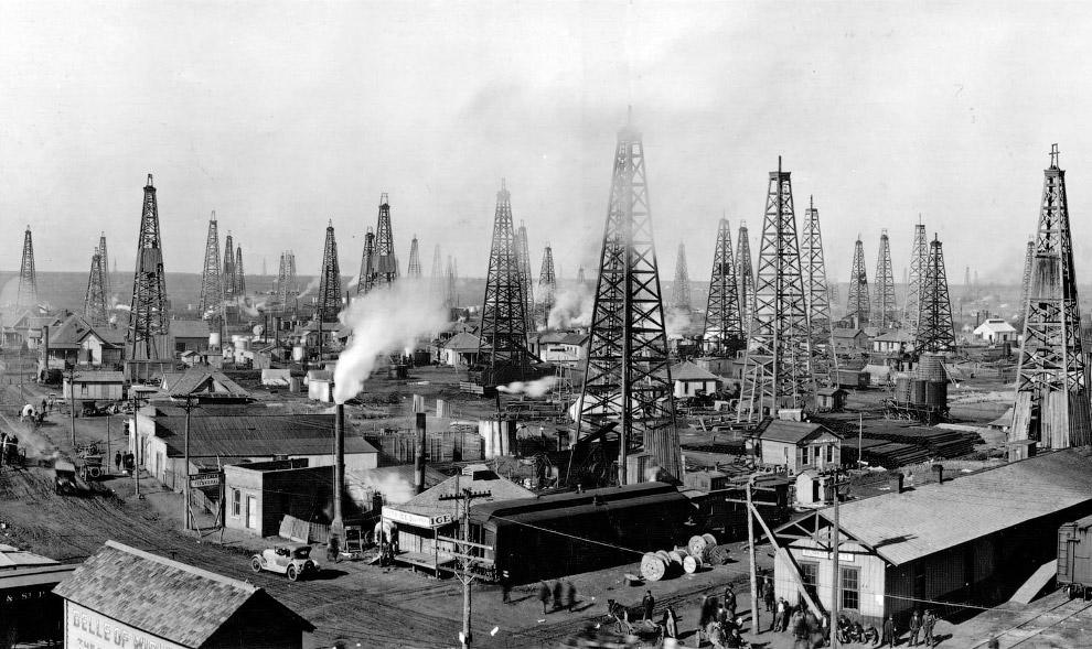 Нефтяные вышки 100 лет назад
