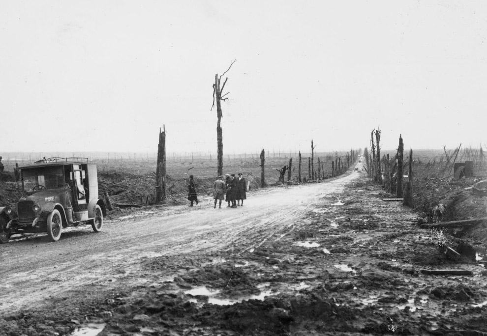 Дорога в Бельгии и пейзажи после боевых действий во время Первой мировой войны