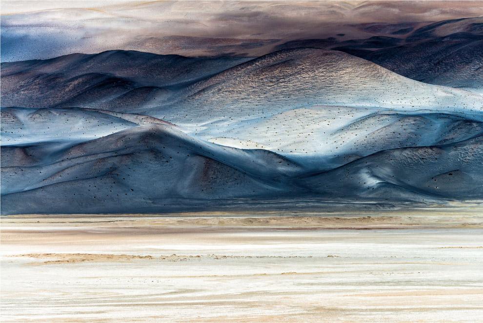 Разноцветный пейзаж северо-западной Аргентины