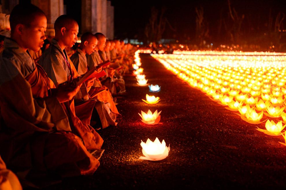 Красивая церемония в провинции Ханам, Вьетнам
