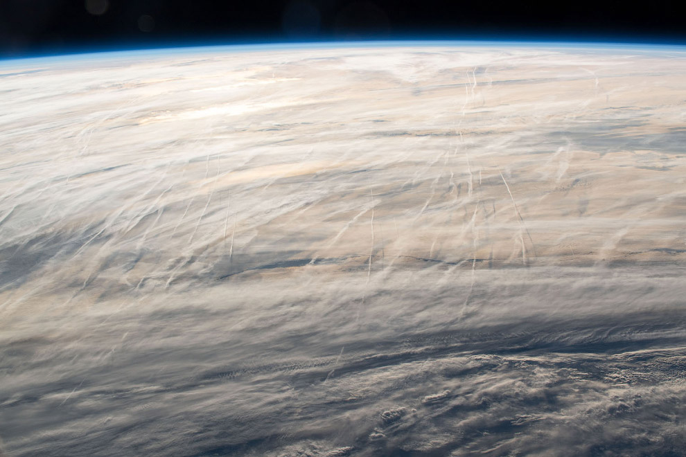 Облака над Северной Атлантикой