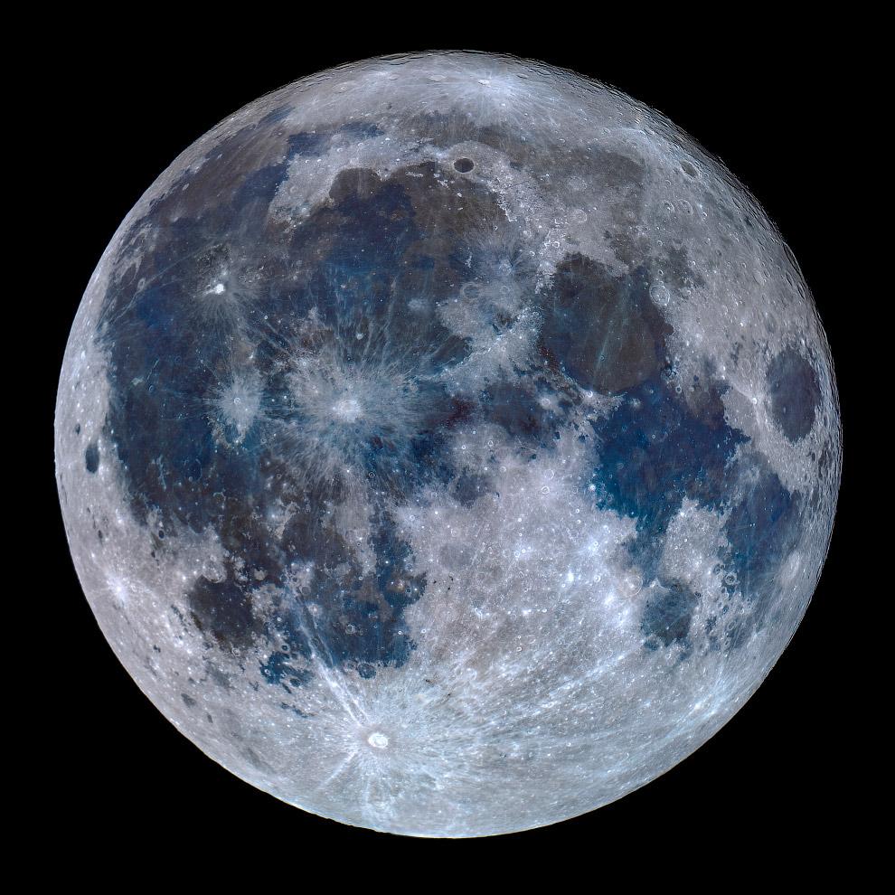 Титановая Луна