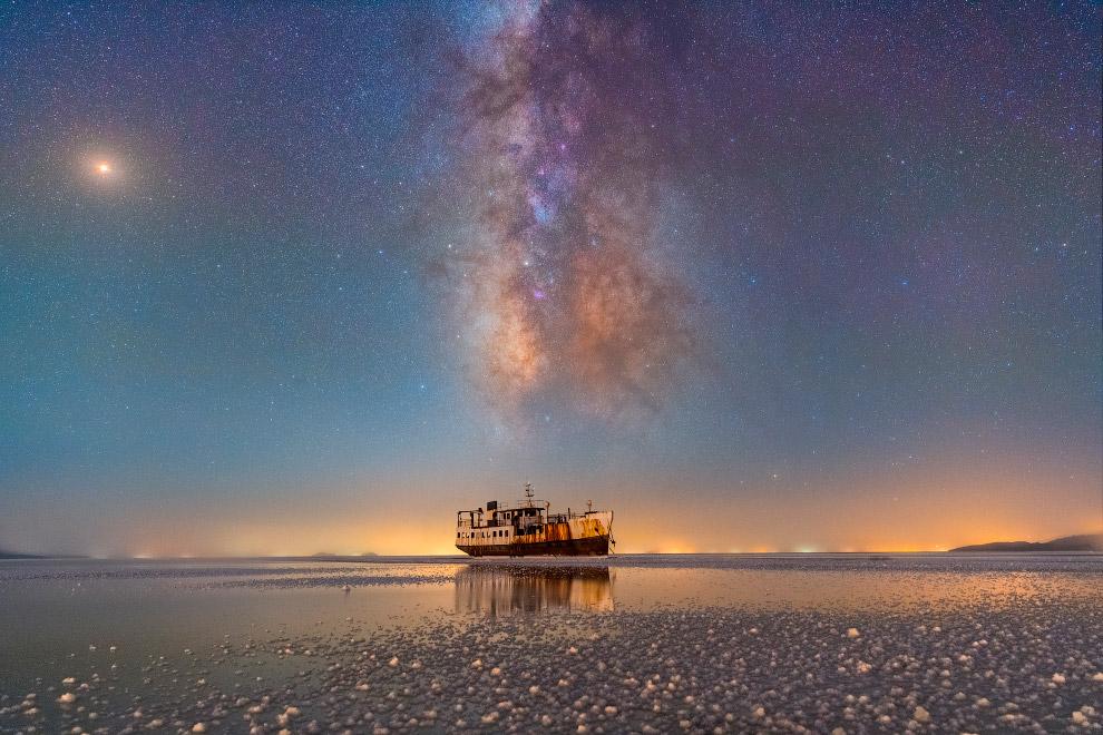 Порт Шарафхане и озеро Урмия