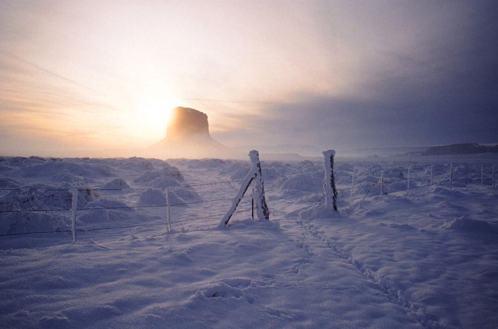 Долина Монументов в снегу