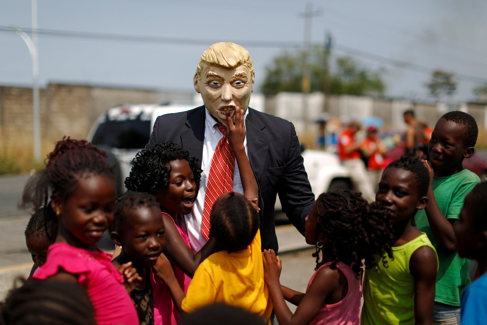 Акция с Трампом в Тапачуле, Мексика