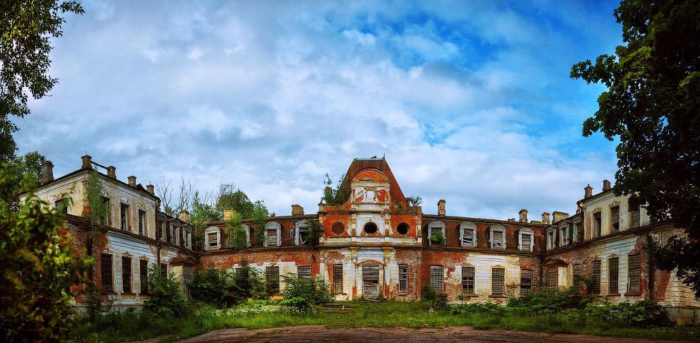 Усадьба Строгановых «Красная горка», Псковская область