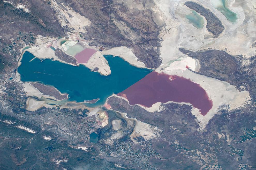 Большое Соленое озеро в штате Юта.