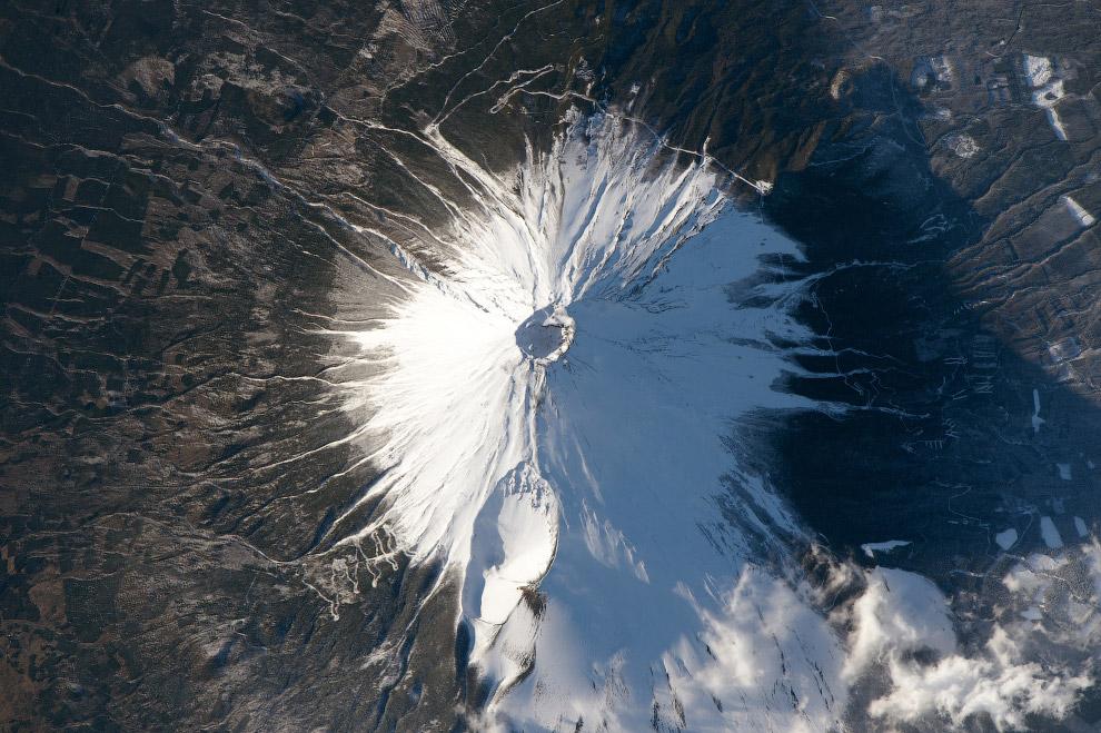 Гора Фудзияма.