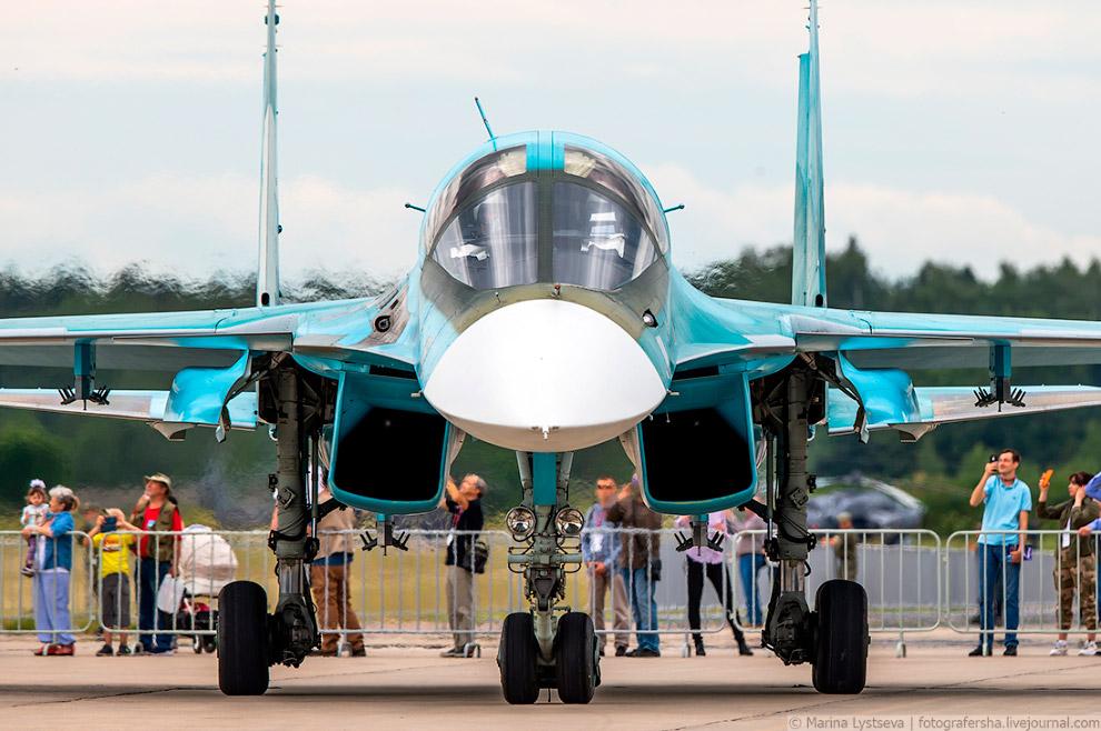 Су-34 — многофункциональный истребитель-бомбардировщик