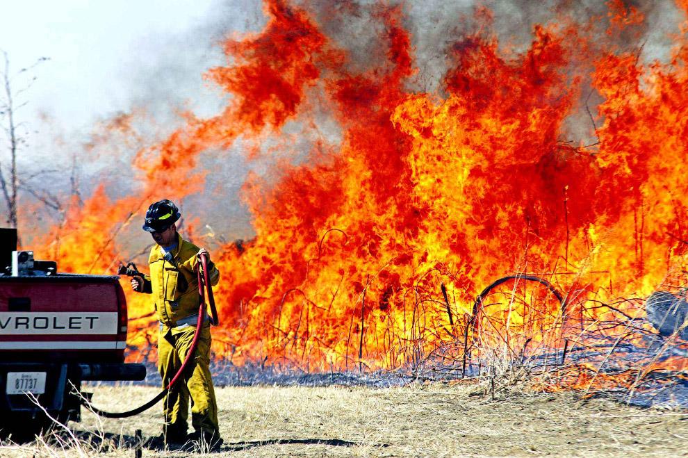 Борьба с лесными пожарами в штате Айова