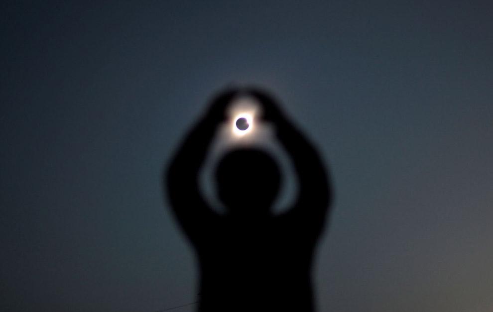 Солнечное затмение в Инкахуаси, Чили
