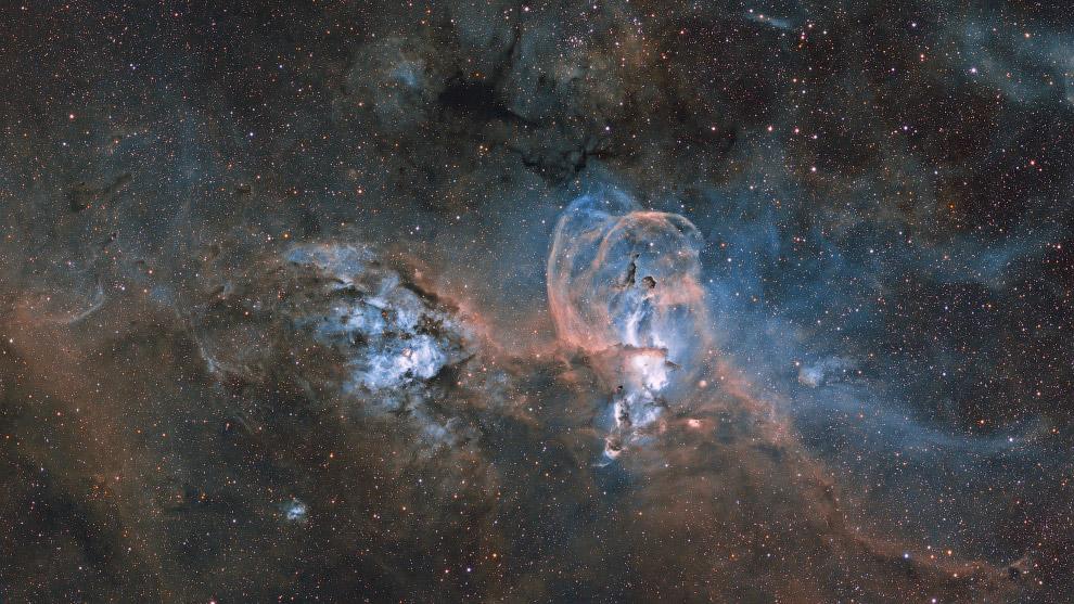 Эмиссионная туманность NGC 3576 в созвездии Киль