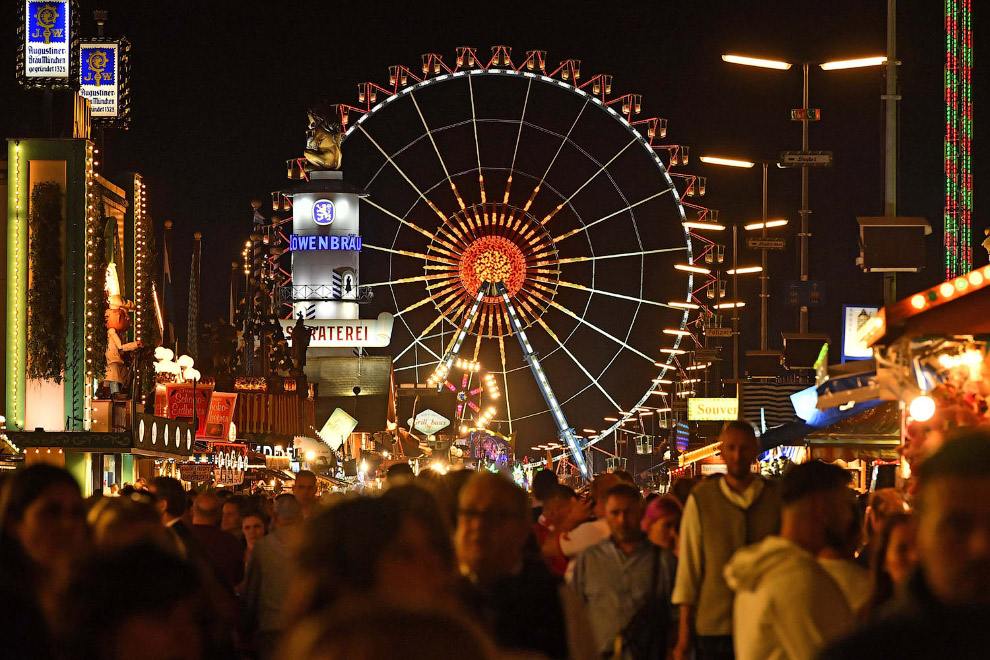 186-й фестиваль пива Октоберфест 2019 в Мюнхене, Германия