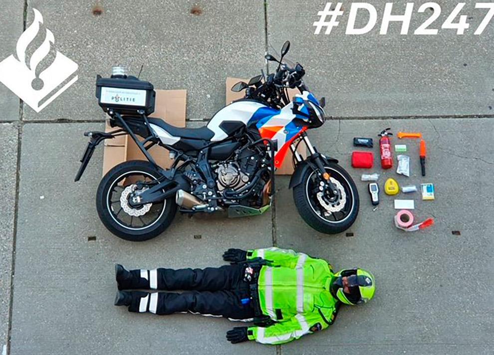 Нидерландская экстренная служба на мотоцикле