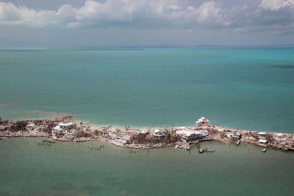 Разрушения на Багамах