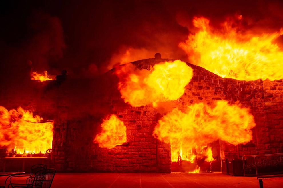 Пожар на винодельне в Хилдсбурге